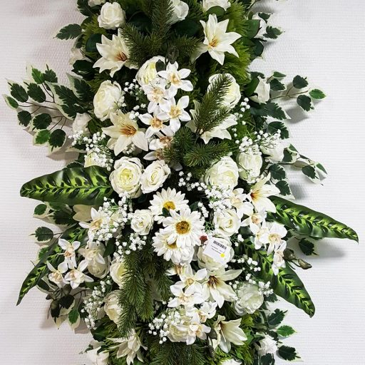 accessoires fleurs en couronnes pour des obsèques