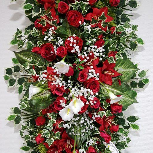 accessoires fleurs rouges en couronnes pour enterrement